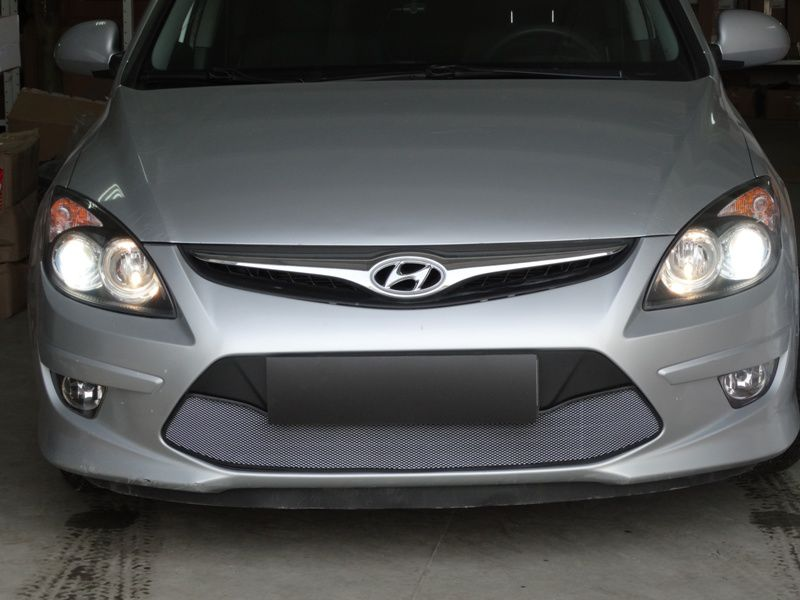 Защита радиатора  Hyundai i30 2010-2012 chrome