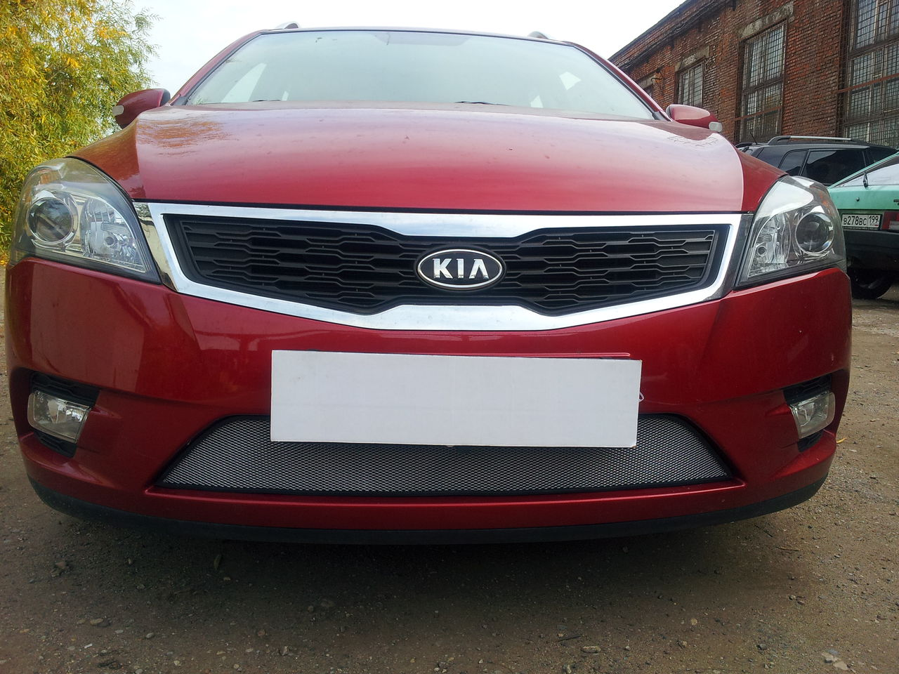 Защита радиатора Kia Ceed 2010-2012  chrome